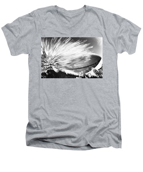 Tom's Board Men's V-Neck T-Shirt