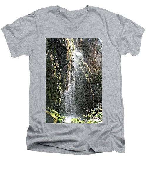 Tonto Waterfall Splash Men's V-Neck T-Shirt