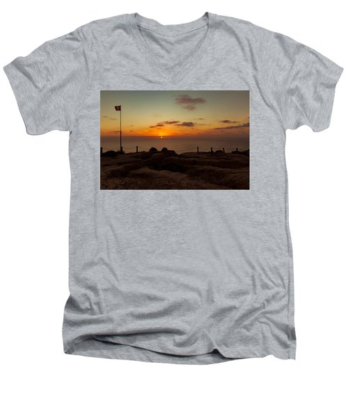 Torrey Pine Glider Port Sunset Men's V-Neck T-Shirt