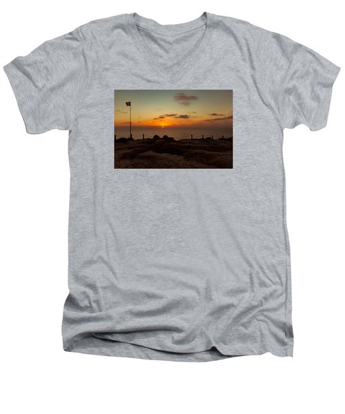 Torrey Pine Glider Port Sunset Men's V-Neck T-Shirt