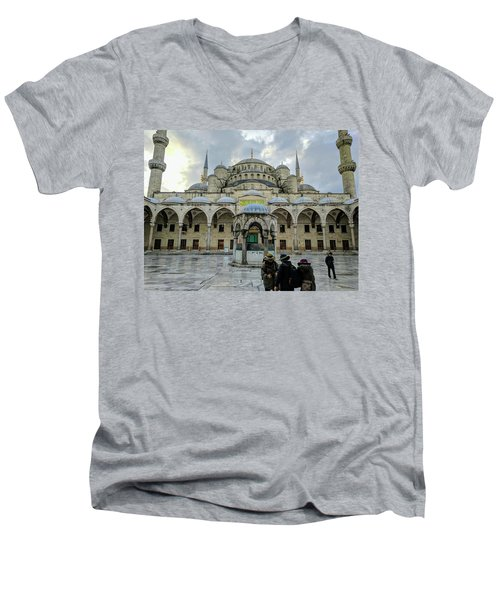 Tourists And The Blue Mosque Men's V-Neck T-Shirt