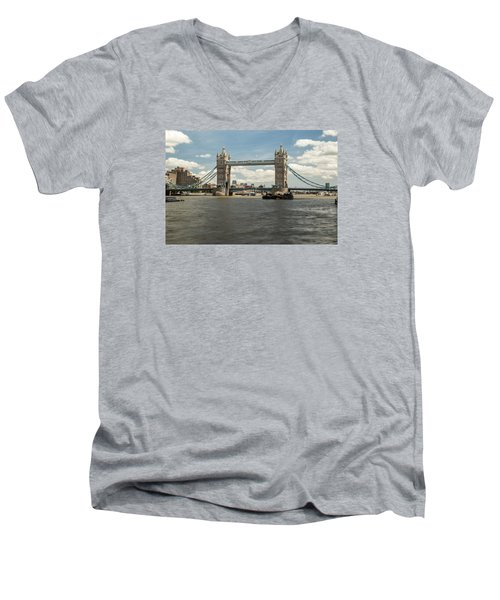 Tower Bridge A Men's V-Neck T-Shirt