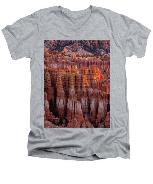 Towers Of Bryce Men's V-Neck T-Shirt
