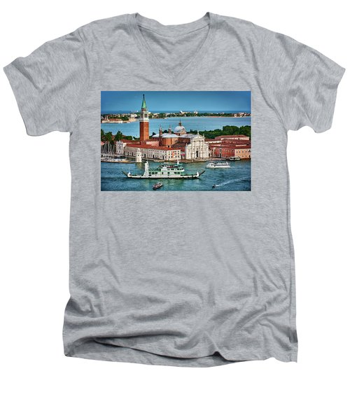 Traffic Around The Venetian Church Men's V-Neck T-Shirt