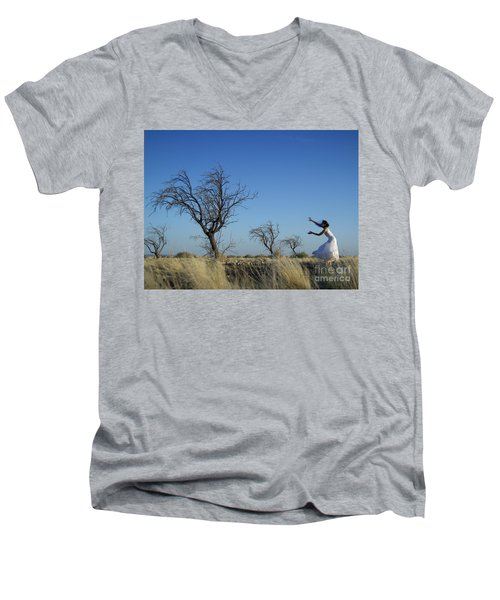 Tree Echo Men's V-Neck T-Shirt