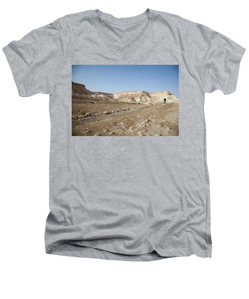 Trekker Alone On The Wild Way Men's V-Neck T-Shirt