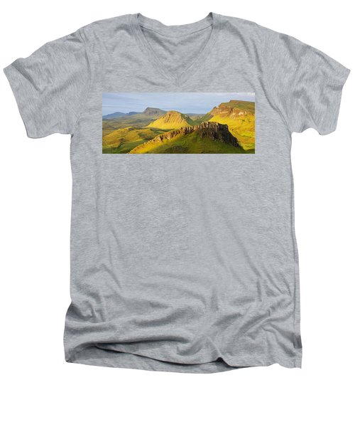 Trotternish Summer Morning Panorama Men's V-Neck T-Shirt