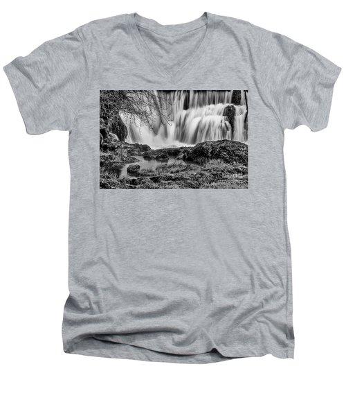 Tumwater Falls Park Men's V-Neck T-Shirt