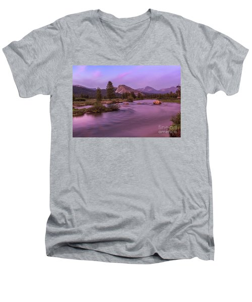 Tuolumne Meadow Men's V-Neck T-Shirt