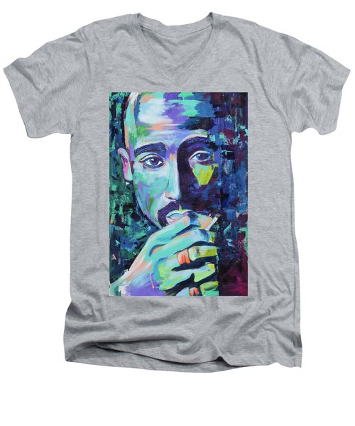 Tupac Men's V-Neck T-Shirt