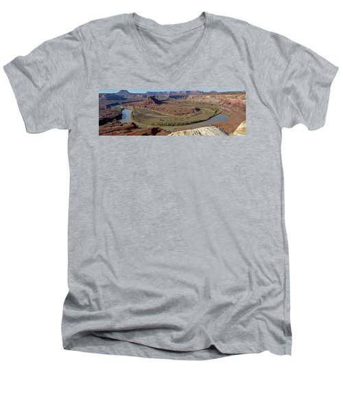 Turk's Head Men's V-Neck T-Shirt