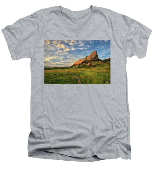 Turtle Rock At Sunset Men's V-Neck T-Shirt