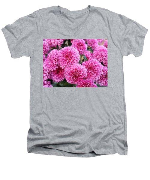 Tweetsie Trail Mums Men's V-Neck T-Shirt