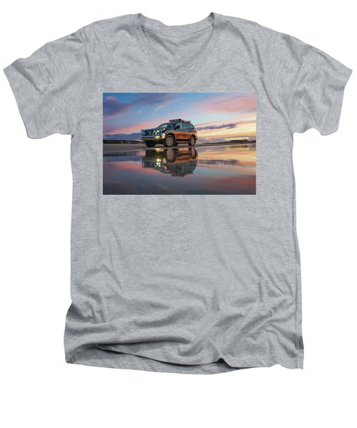 Twilight Beach Reflections And 4wd Car Men's V-Neck T-Shirt