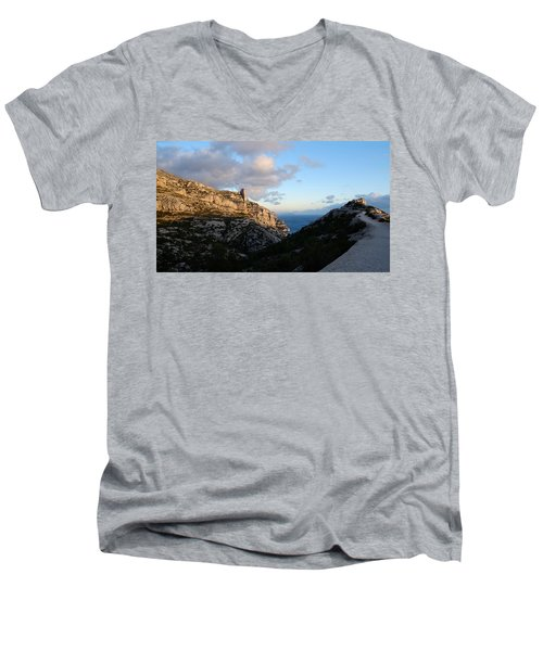 Two Point View Men's V-Neck T-Shirt
