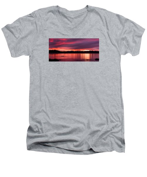 Twofold Bay Sunset Men's V-Neck T-Shirt