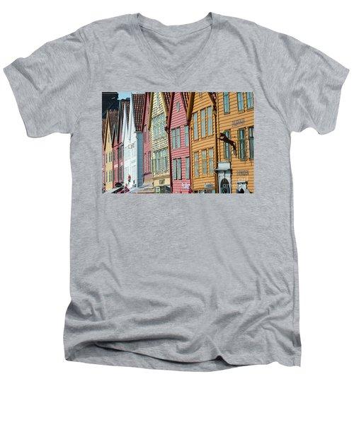 Tyske Bryggen, Bergen Men's V-Neck T-Shirt
