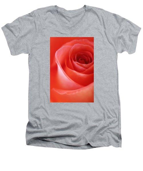 Une Rose Si Belle Men's V-Neck T-Shirt by The Art Of Marilyn Ridoutt-Greene