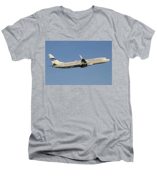 United Boeing 737-924 N75436 Retro Continental Phoenix Sky Harbor December 9 2015 Men's V-Neck T-Shirt by Brian Lockett