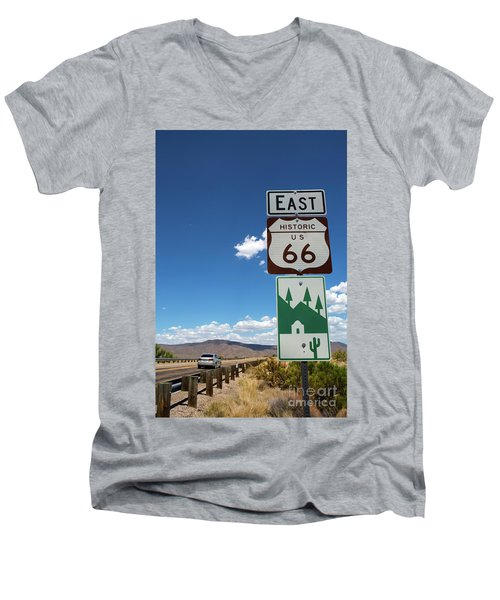 Us Route 66 Sign Arizona Men's V-Neck T-Shirt