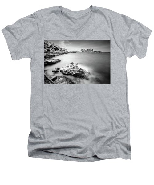 Valetta Men's V-Neck T-Shirt