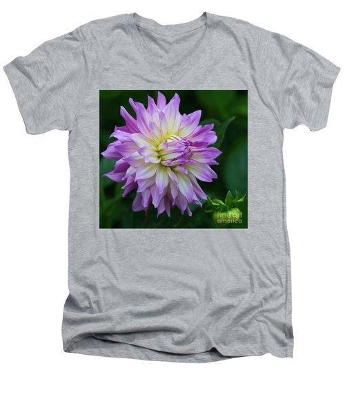 Veca Lucia Dahlia 2 Men's V-Neck T-Shirt
