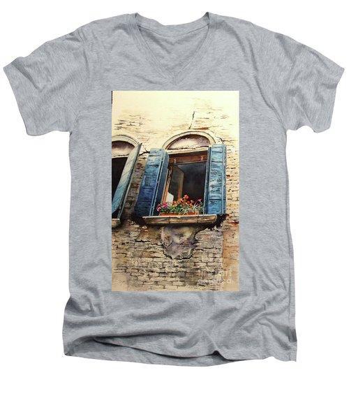 Venecia Men's V-Neck T-Shirt