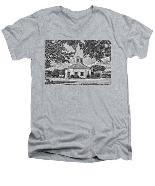 Vereins Kirche Men's V-Neck T-Shirt
