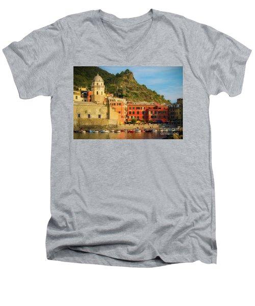 Vernazza Men's V-Neck T-Shirt