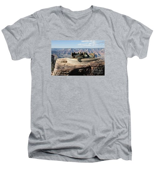 Viewing Infinity Men's V-Neck T-Shirt