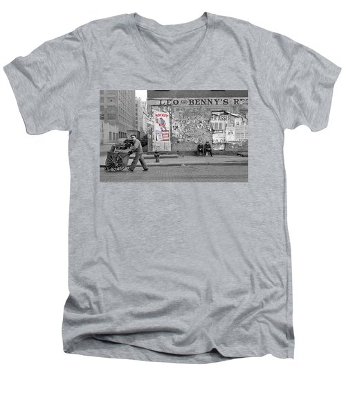 Vintage Hockey Poster Men's V-Neck T-Shirt