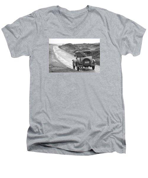 Vintage Surf Men's V-Neck T-Shirt
