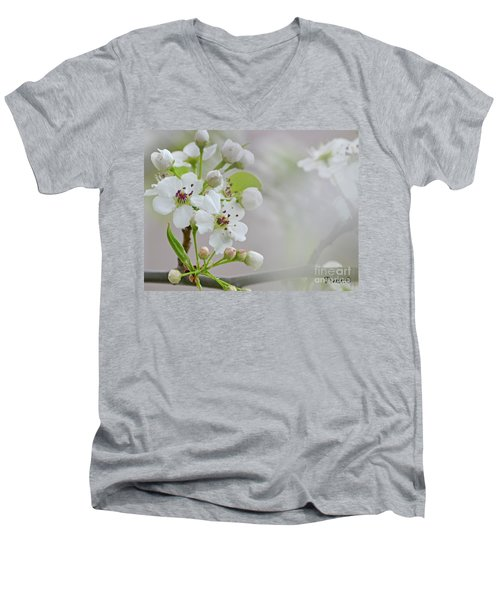 Visions Of White Men's V-Neck T-Shirt