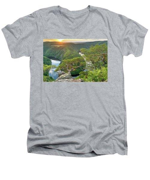 Vltava River Men's V-Neck T-Shirt