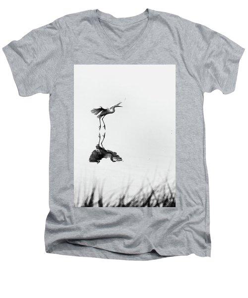 Wafu Men's V-Neck T-Shirt