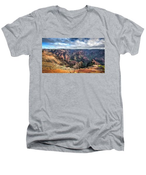 Waimea Canyon Kauai Hawaii Men's V-Neck T-Shirt