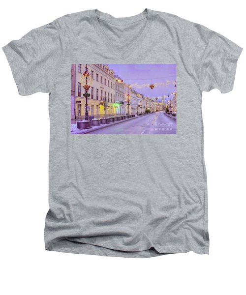 Men's V-Neck T-Shirt featuring the photograph Warsaw by Juli Scalzi