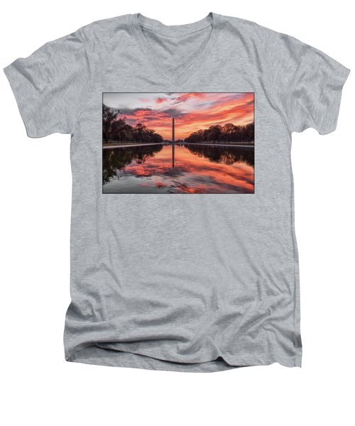 Washington Monument Sunrise Men's V-Neck T-Shirt