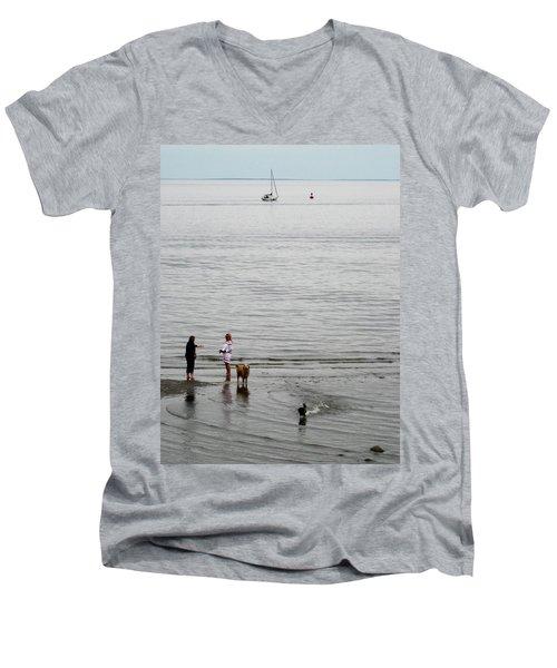 Water Fun Men's V-Neck T-Shirt