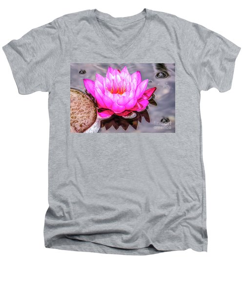 Water Lily In The Rain Men's V-Neck T-Shirt