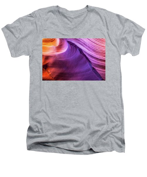 Waterhole Canyon Wave Men's V-Neck T-Shirt