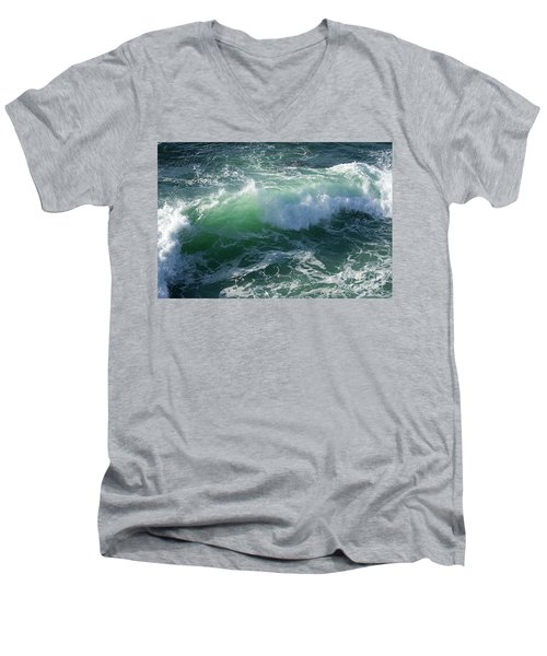Wave At Montana De Oro Men's V-Neck T-Shirt