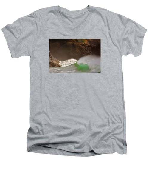 Waves At Waikiki Men's V-Neck T-Shirt