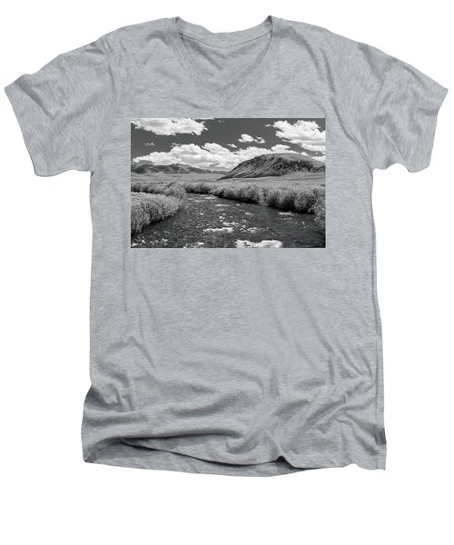 West Fork, Big Lost River Men's V-Neck T-Shirt