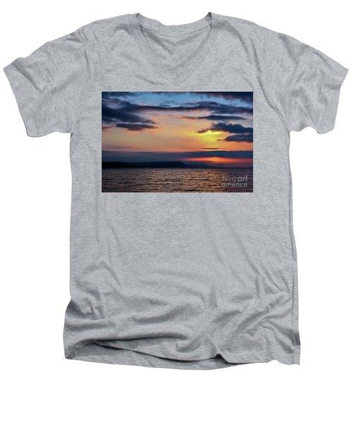 Weymouth Esplanade Sunrise Men's V-Neck T-Shirt