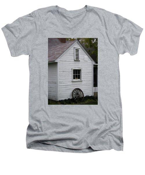 Wheel Men's V-Neck T-Shirt