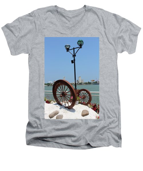 Wheels By The Water Men's V-Neck T-Shirt