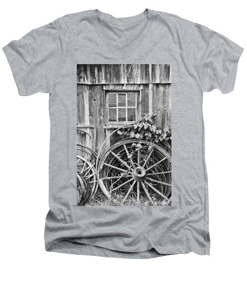 Wheels Wheels And More Wheels Men's V-Neck T-Shirt