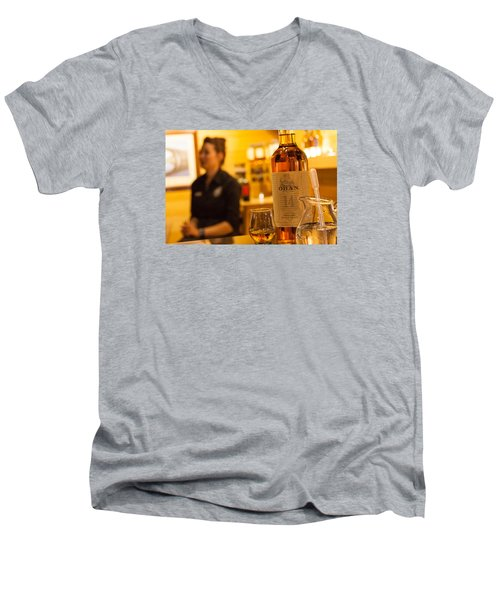Whisky Tasting Men's V-Neck T-Shirt