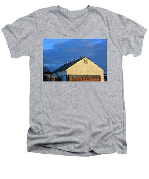 White Barn At Golden Hour Men's V-Neck T-Shirt